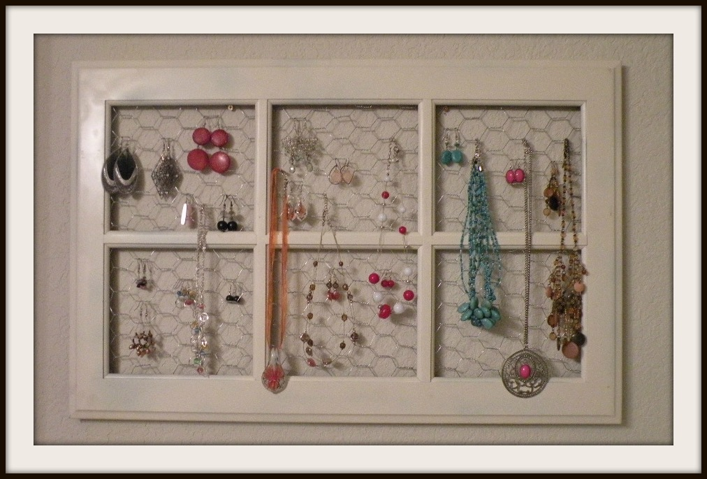 Diy Jewelry Holder This Is A Great Idea This Is Made